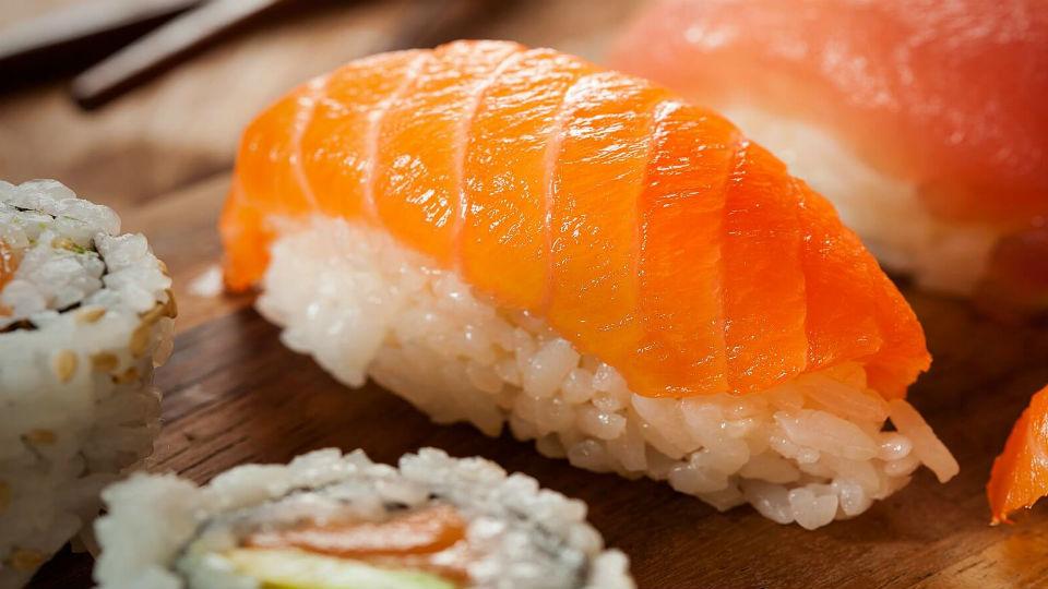 Sushi, makanan enak dan sehat dari Jepang
